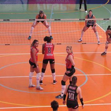 Campeonato Paulista Feminino de Vôlei: Ouça os momentos finais de São Cristóvão Saúde São Caetano 3 X 2 Sesi SP