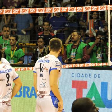 Em Guarulhos, Corinthians recebe Taubaté e precisa vencer se quiser ser campeão paulista