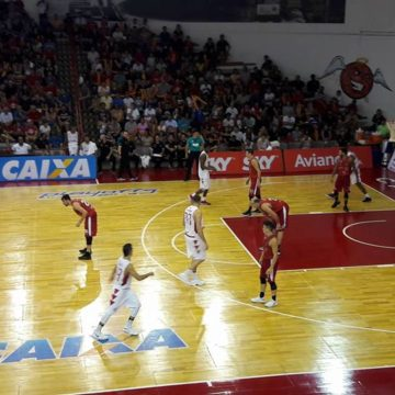 Paulistano vence Basquete Cearense nas quartas-de-final do NBB