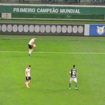 Com confusão no fim, Palmeiras e Flamengo ficam no empate