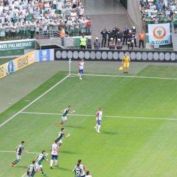 Brasileirão 2018: Palmeiras joga pro gasto, vence o Paraná e sobe na tabela do Brasileirão
