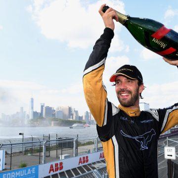 Fórmula E: Jean-Eric Vergne é o campeão da temporada 2017/18 e Lucas Di Grassi vence a penúltima prova