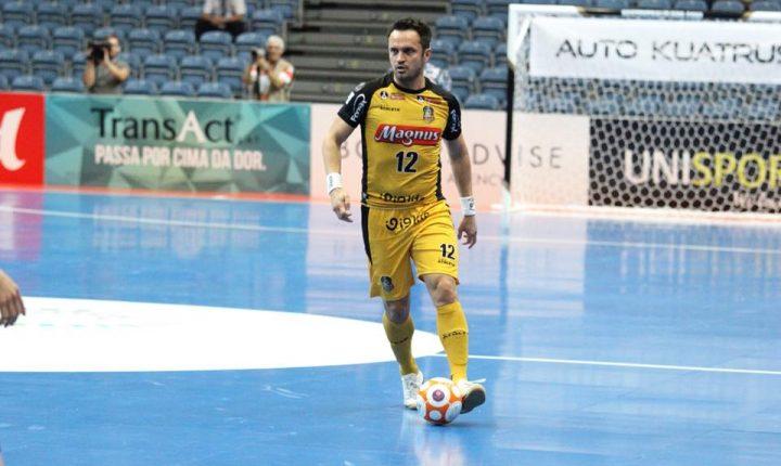 Futsal: Magnus e Carlos Barbosa disputam Copa Intercontinental na Tailândia
