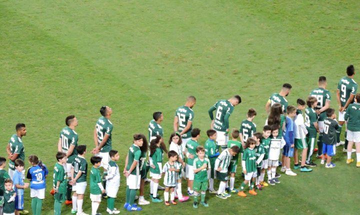 Palmeiras e Colo-Colo se enfrentam valendo vaga na semifinal da Libertadores