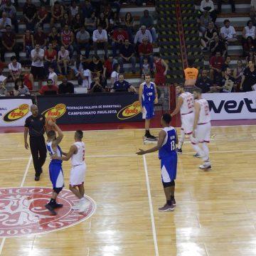 Paulista de basquete masculino 2018: Ouça os momentos finais de Paulistano 89 x 88 Pinheiros
