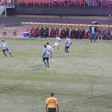 São Paulo empata com o Grêmio na reestreia de Jardine
