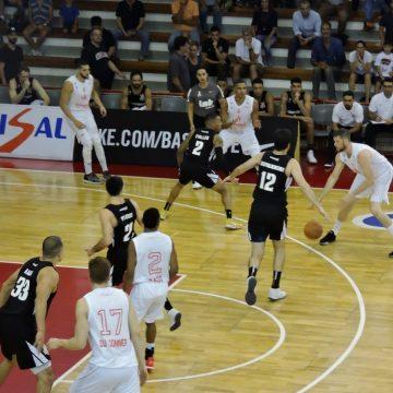 No sufoco, Paulistano vence Corinthians no NBB