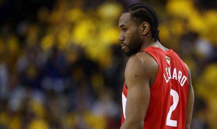 Quais são os principais jogadores que ainda estão sem contrato na NBA?